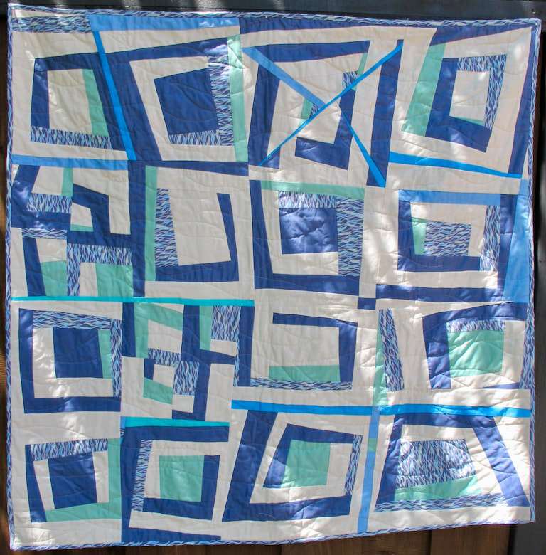 Untitled by Carol Van Zandt, quilted by Terri Carpenter